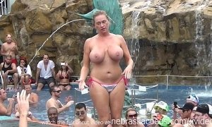 nude  party  pool  swingers